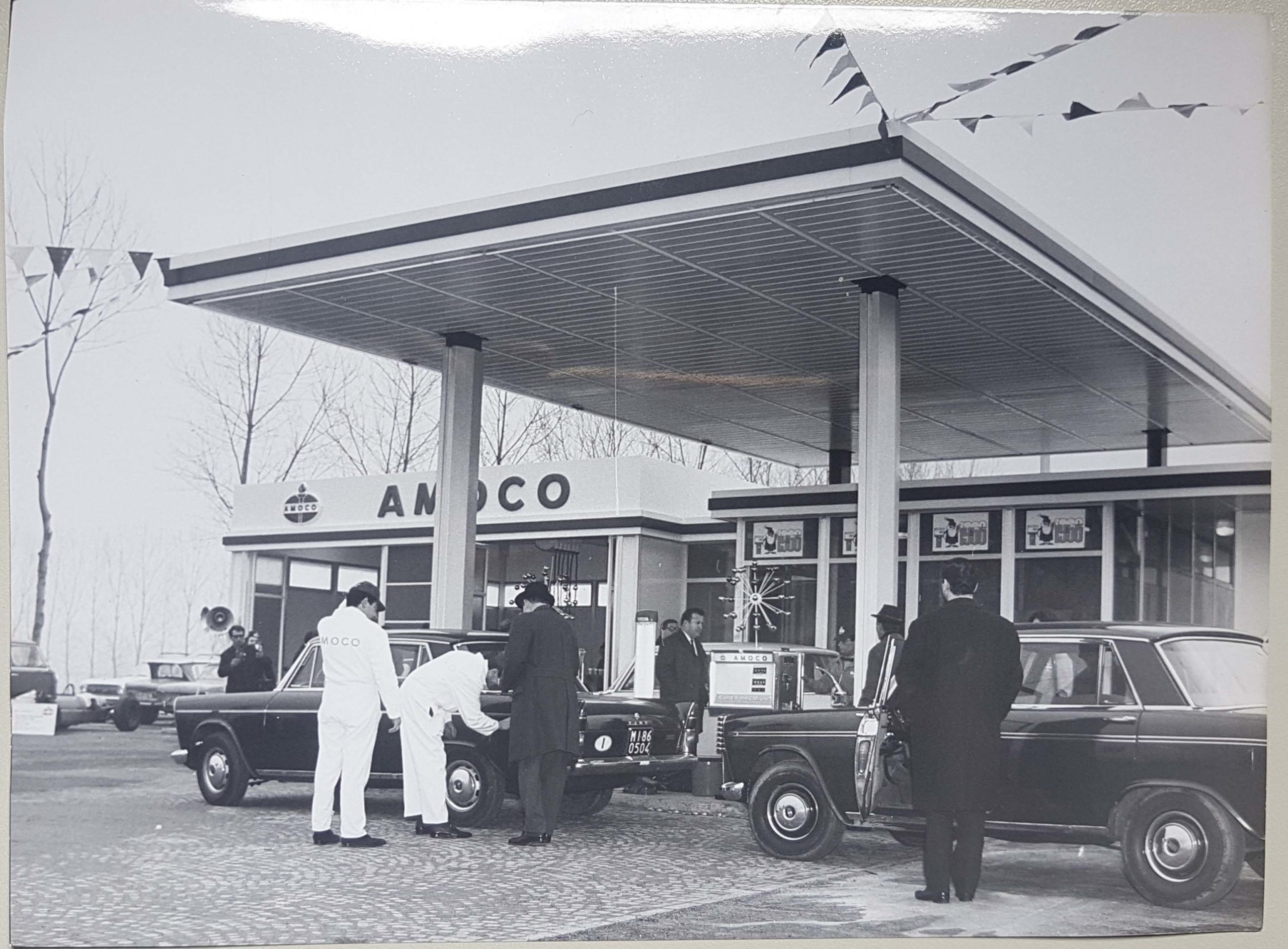 Amoco gas Station